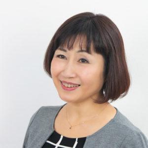 山本由美子